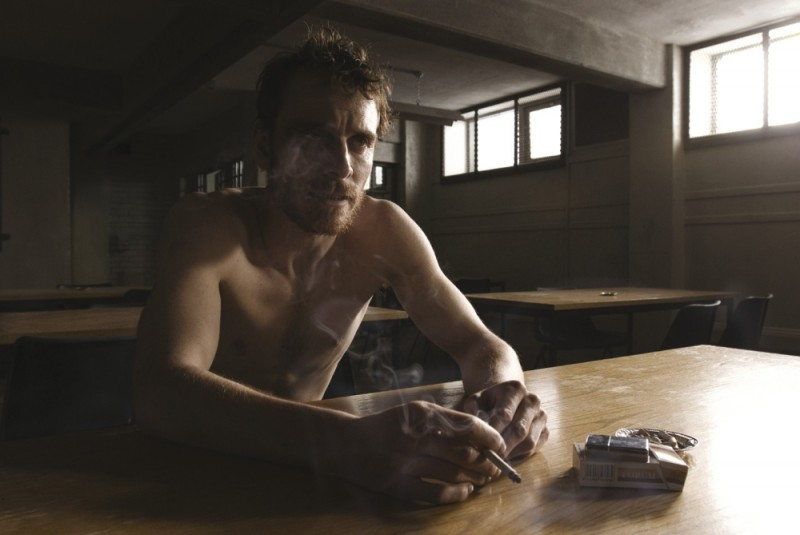 Michael Fassbender in un'immagine tratta dal dramma carcerario Hunger