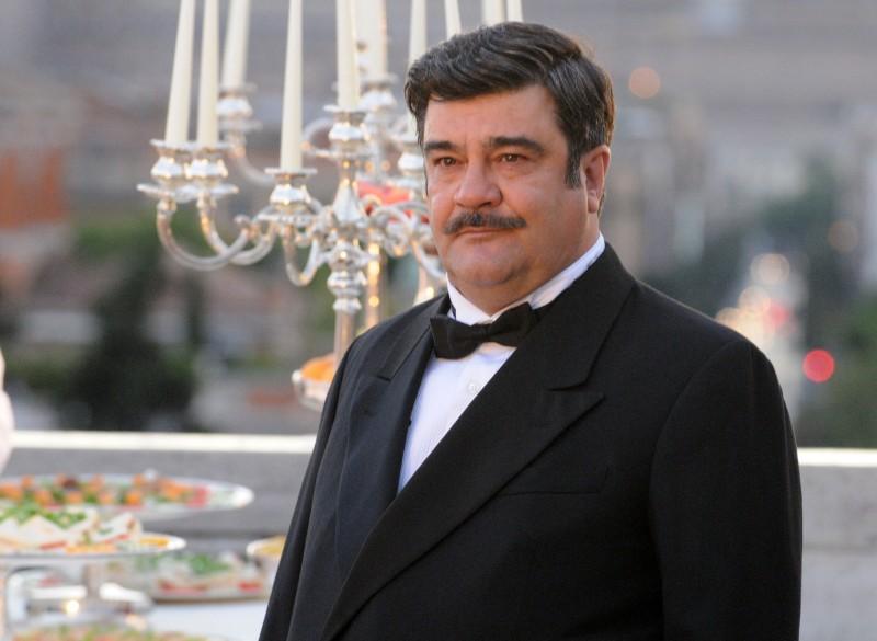 Nero Wolfe: Francesco Pannofino nel ruolo del noto detective