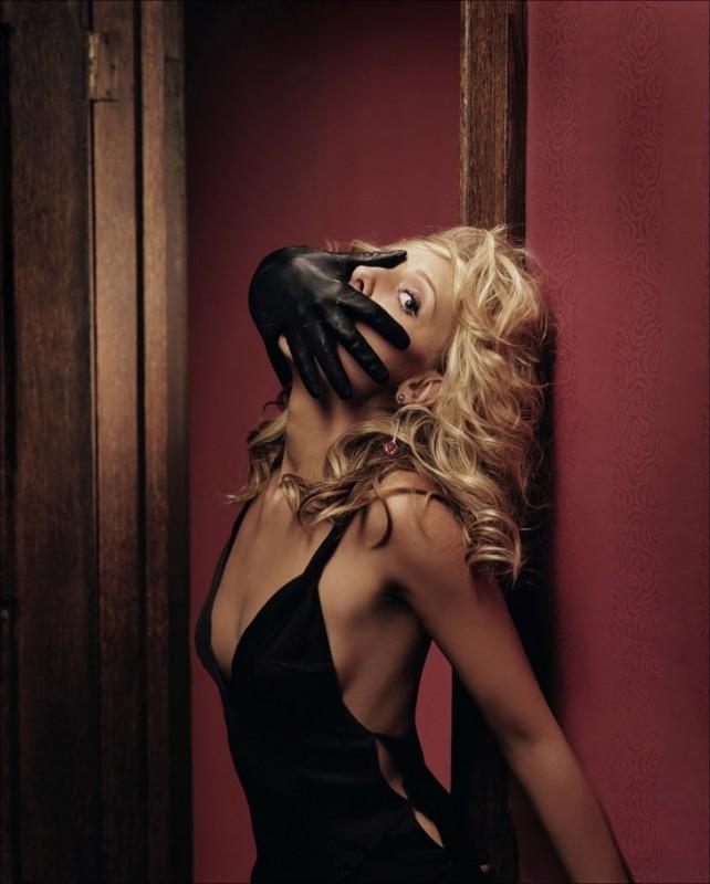 Sarah Michelle Gellar in una foto ispirata a Tenebre di Dario Argento