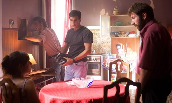 Antonio De La Torre nel poliziesco Grupo 7 con Mario Casas