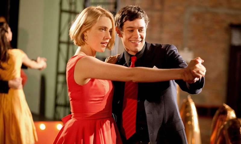 Greta Gerwig con Adam Brody in Damsels in Distress