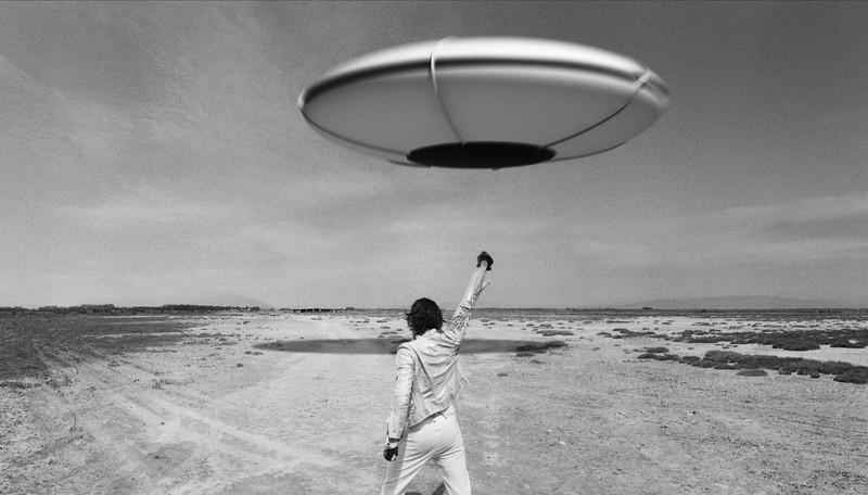 La leggenda di Kaspar Hauser: Vincent Gallo di spalle in un'immagine tratta dal film