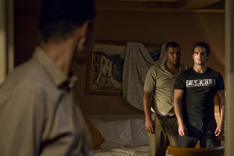 La fredda luce del giorno: Henry Cavill protagonista del thriller diretto da Mabrouk El Mechri