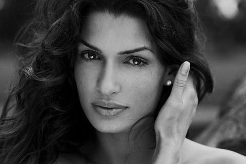 Tonia Sotiropoulou: una bella foto dell'attrice greca