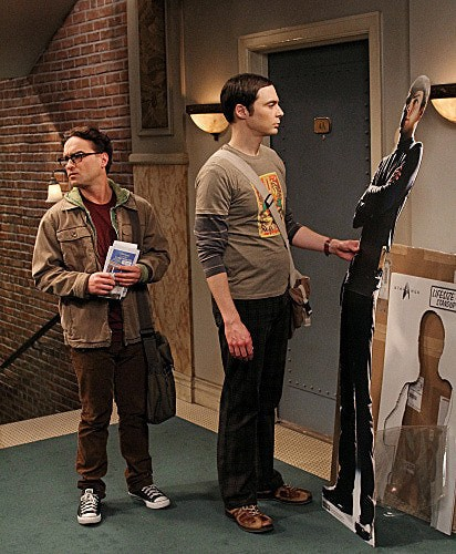 The Big Bang Theory: Jim Parsons e Johnny Galecki in una scena dell'episodio The Recombination Hypothesis