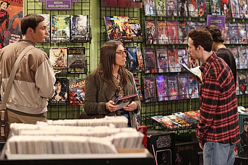 The Big Bang Theory: Jim Parsons, Mayim Bialik e Kevin Sussman nell'episodio The Flaming Spittoon Acquisition