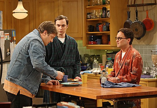 The Big Bang Theory: Lance Barber, Jim Parsons e Johnny Galecki nell'episodio The Speckerman Recurrance