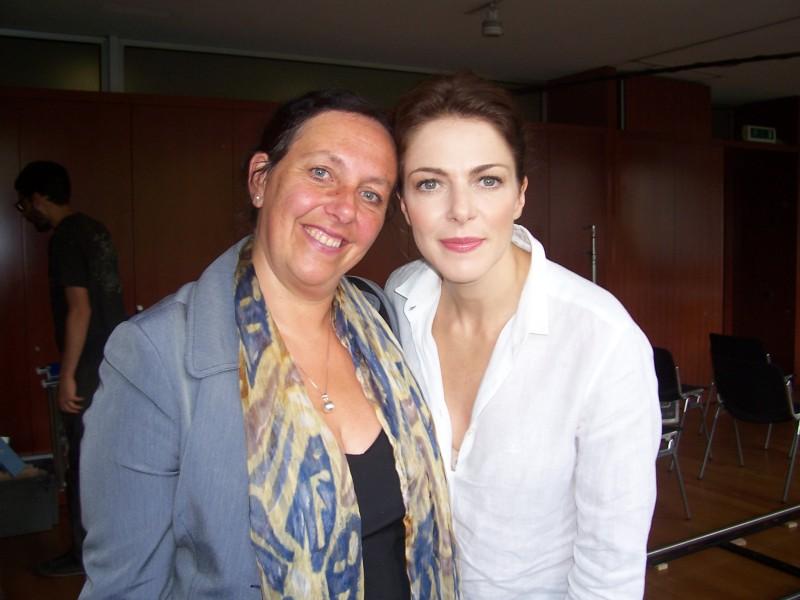 Claudia Gerini e Paola Crova sul set de Il mio domani