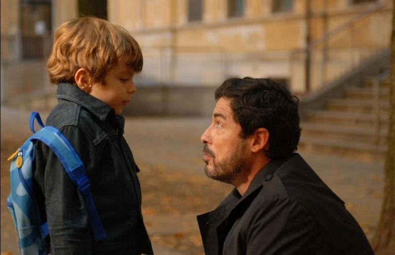 Una grande famiglia: Alessandro Gassman in una scena della fiction di Raiuno