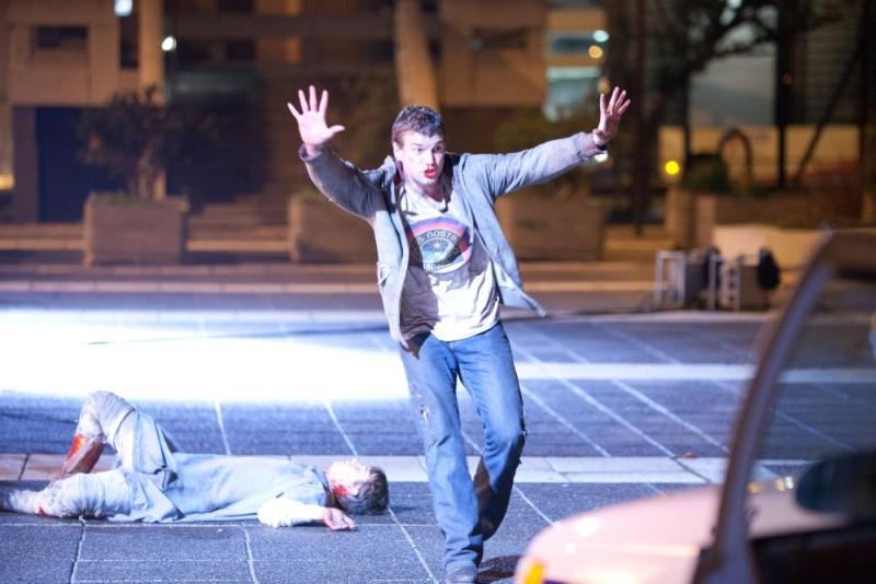 Chronicle: Alex Russell chiede aiuto in una scena del film