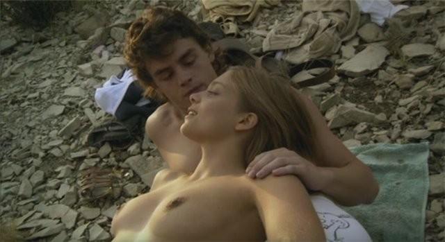 Chacun sa nuit: una scena con Lizzie Brocherè