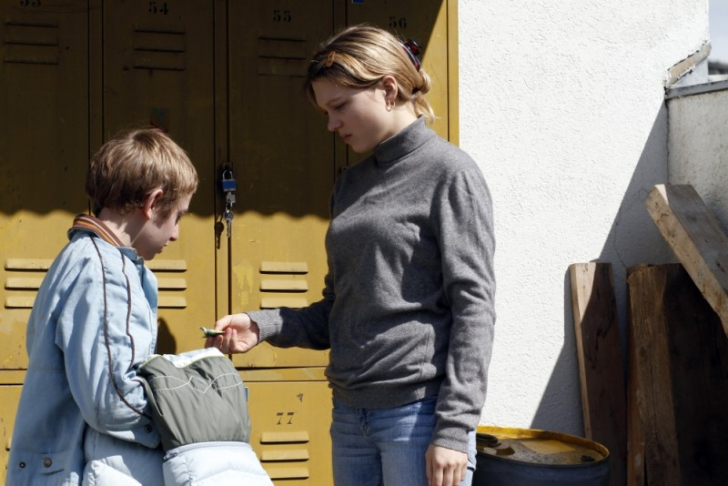 Sister: Léa Seydoux in una scena del film insieme a Kacey Mottet Klein