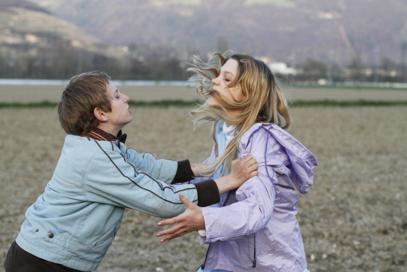 Sister: Léa Seydoux litiga con Kacey Mottet Klein in una scena del film