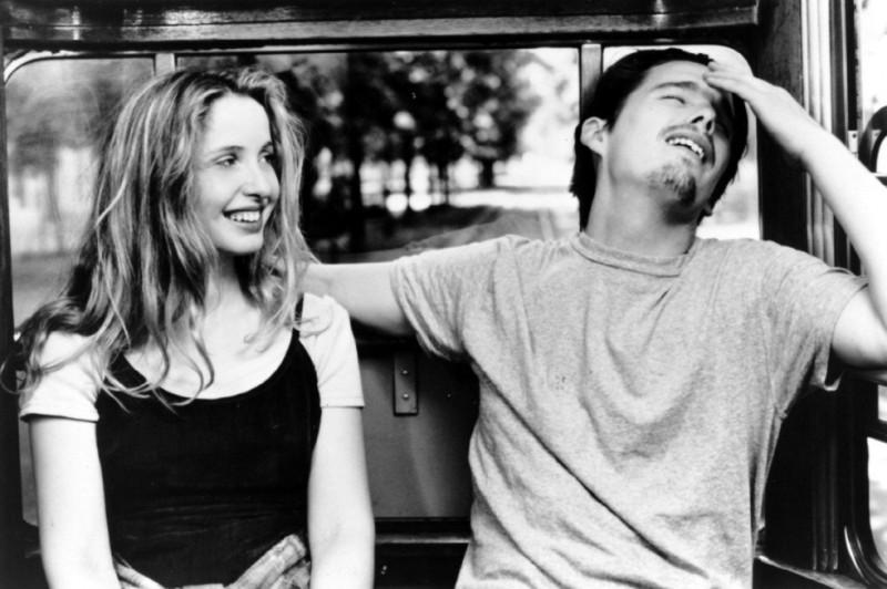 Julie Delpy ed Ethan Hawke in una sequenza del film 'Prima dell'alba'