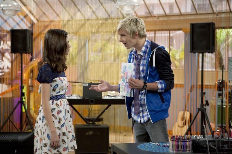 Austin & Ally: Laura Marano e Ross Lynch nella serie