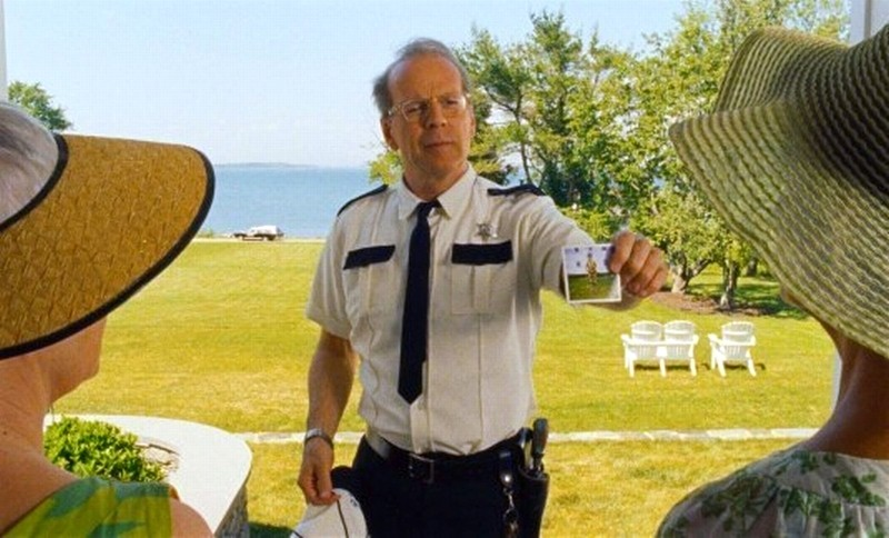 Bruce Willis in una scena di Moonrise Kingdom