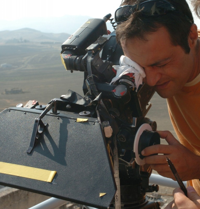 Maternity Blues: il regista Fabrizio Cattani impegnato sul set del film