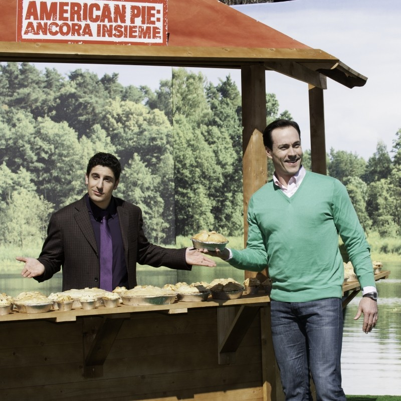 American Pie - Ancora insieme: Jason Biggs insieme a Chris Klein durante la tappa romana del tour del film