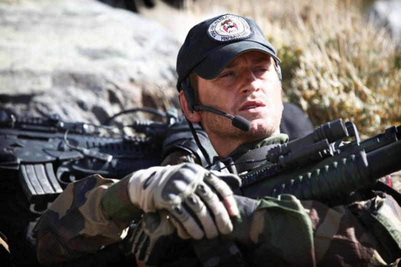 Benoît Magimel in una scena di Special Forces - Liberate l'ostaggio