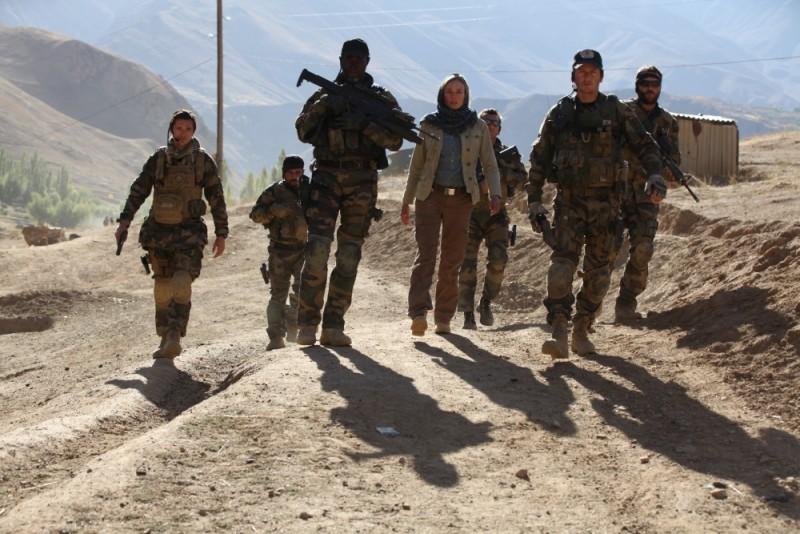 Djimon Hounsou, Diane Kruger e Benoît Magimel in una scena di gruppo di Special Forces - Liberate l'ostaggio