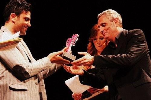 Salvatore Ruocco premiato durante il Pompei Cinema Festival 2011. Con lui Giorgio Panariello