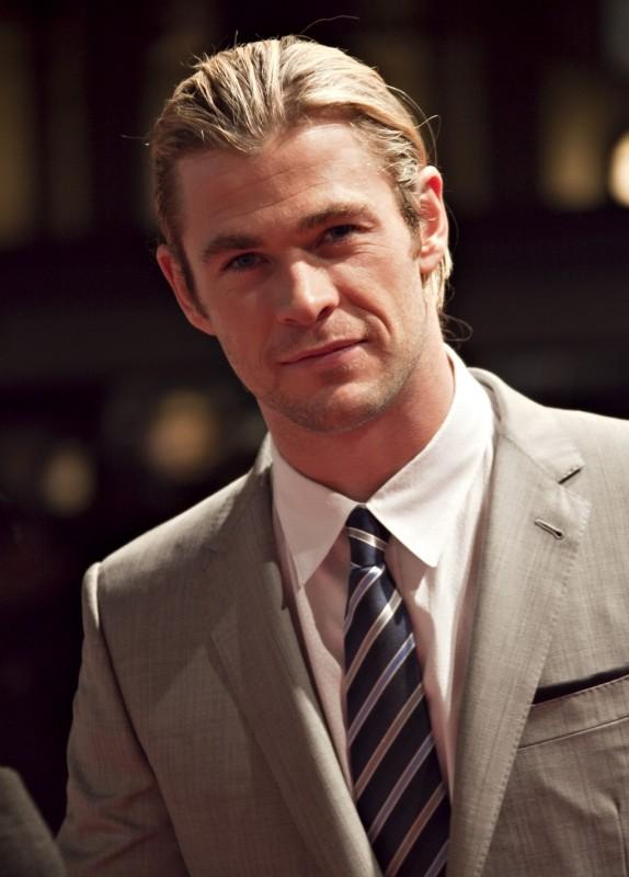 The Avengers: Chris Hemsworth sul red carpet della premiere italiana The Avengers a Roma
