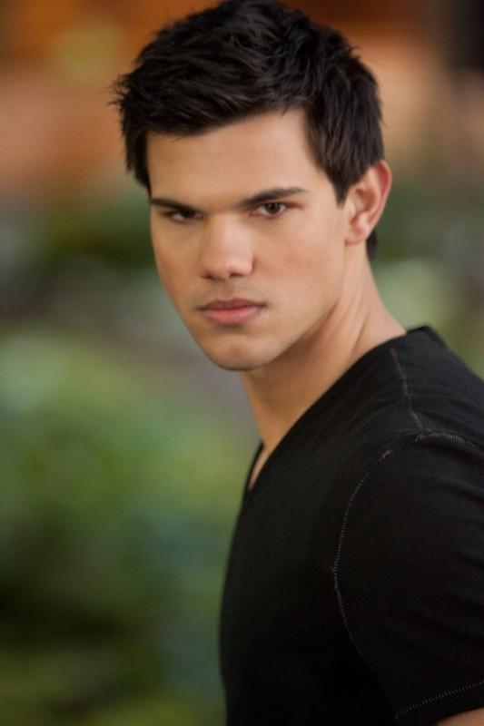 Un primo piano di Taylor Lautner in The Twilight Saga: Breaking Dawn - Parte 2