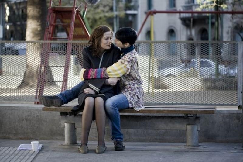 Il richiamo: Francesca Inaudi e Sandra Ceccarelli in una tenera scena del film