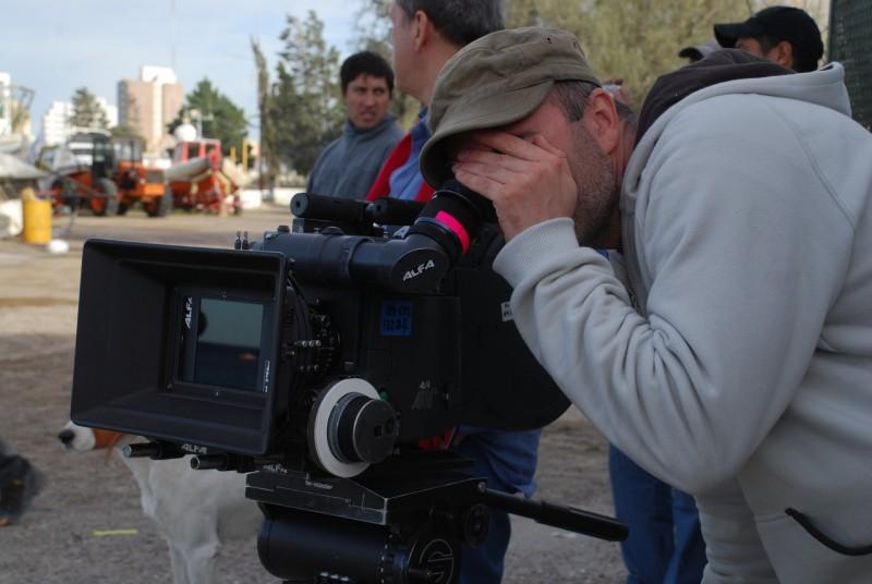 Il richiamo: il regista Stefano Pasetto sul set del film