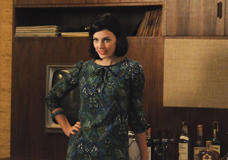 Jessica Paré nell'episodio At the Codfish Ball della quinta stagione di Mad Men