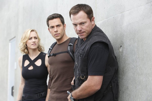 Chuck: Yvonne Strahovski, Zachary Levi ed Adam Baldwin nell'episodio Chuck Versus the Frosted Tips