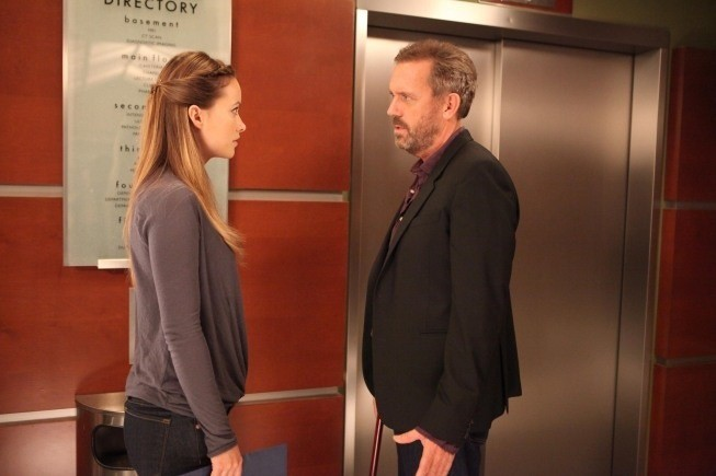 Dr House: Hugh Laurie e Olivia Wilde nell'episodio Charity Case