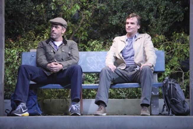 Dr House: Hugh Laurie e Robert Sean Leonard nell'episodio Post Mortem