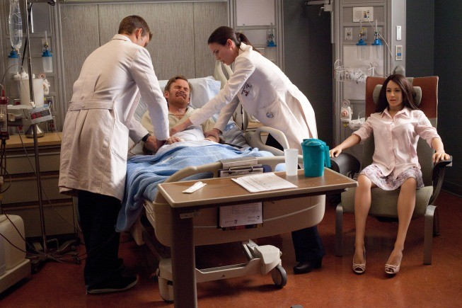 Dr House: Jesse Spencer, Odette Annable e Kevin Christy nell'episodio We Need the Eggs