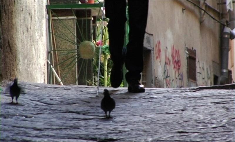Napoli 24: un'immagine del documentario collettivo sulla città partenopea girato durante l'emergenza rifiuti