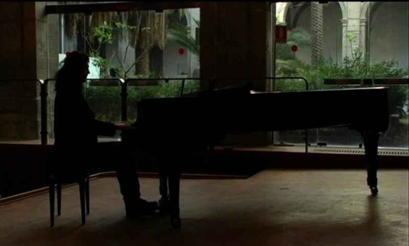 Napoli 24: una scena tratta dal documentario diretto da 24 autori per rilanciare l'immagine della città partenopea