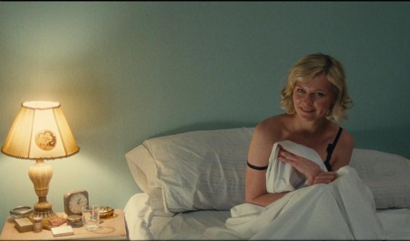 On the Road: Kirsten Dunst in una scena del film nei panni di Camille