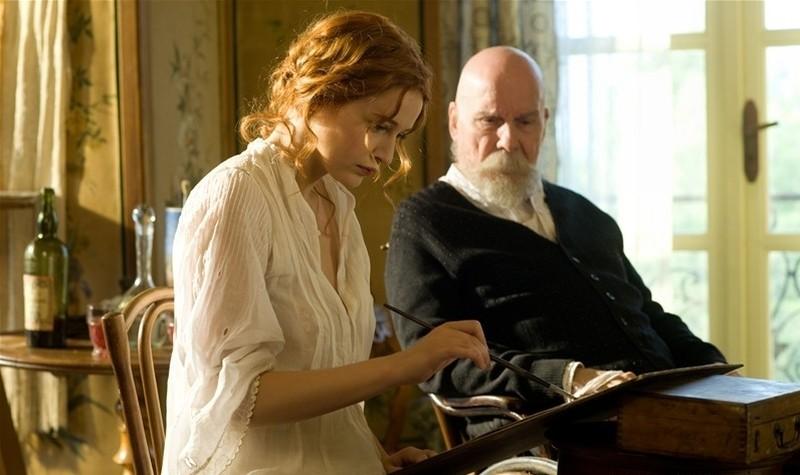 Renoir: Michel Bouquet e Christa Theret in una scena del film