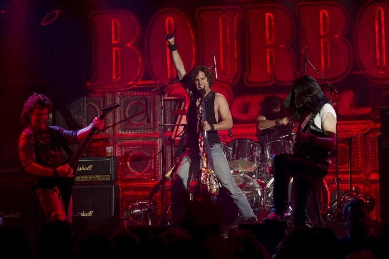 Rock of Ages: l'attore e cantante Diego Boneta nei panni dell'aspirante rocker Drew Boley