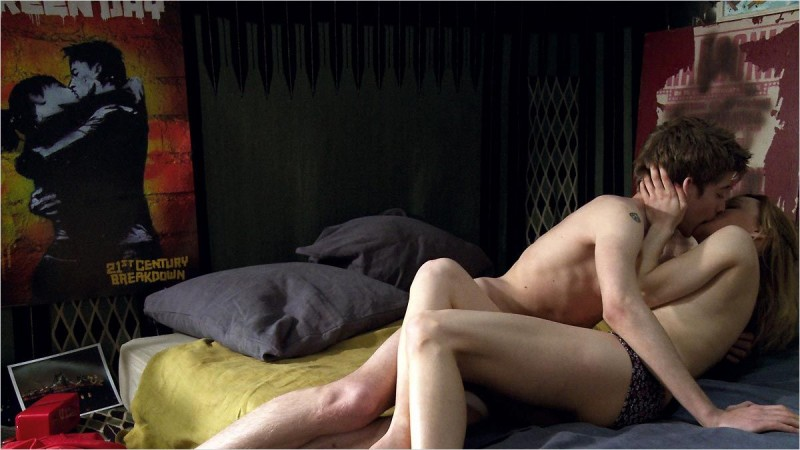 Una sequenza calda del film francese Chroniques sexuelles d'une famille d'aujourd'hui