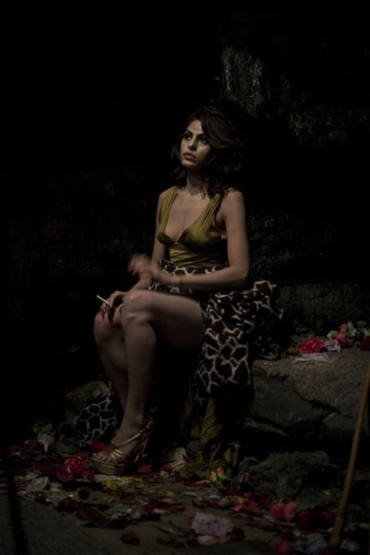 Holy Motors: Eva Mendes in un'immagine tratta dal film