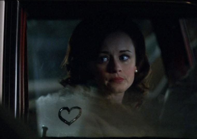 Alexis Bledel è Beth nell'episodio Lady Lazarus della quinta stagione di Mad Men