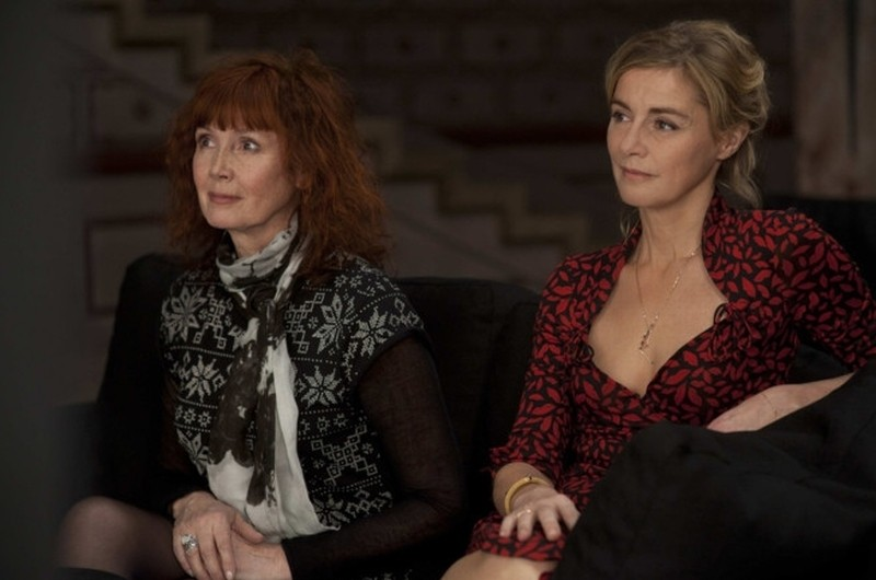 Vous n'avez encore rien vu: Anne Consigny e Sabine Azéma in una scena