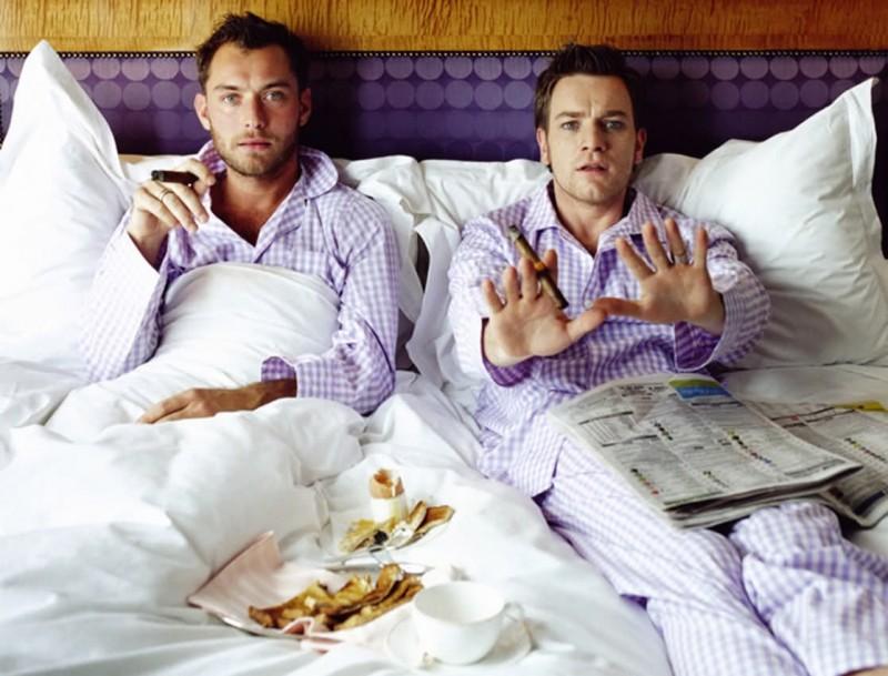 A letto con Jude Law ed Ewan McGregor