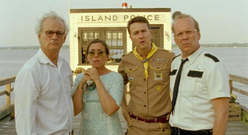 Bruce Willis, Bill Murray, Frances McDormand ed Edward Norton in una foto promozionale di Moonrise Kingdom