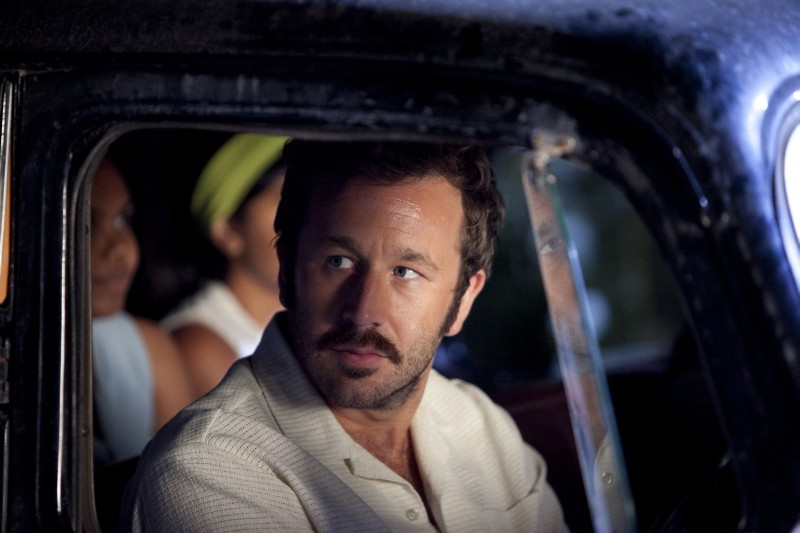 The Sapphires: Chris O'Dowd in una scena del film