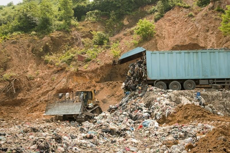 Polluting Paradise: la discarica di Camburnu, cittadina turca scenario del documentario sull'inquinamento diretto da Fatih Akin