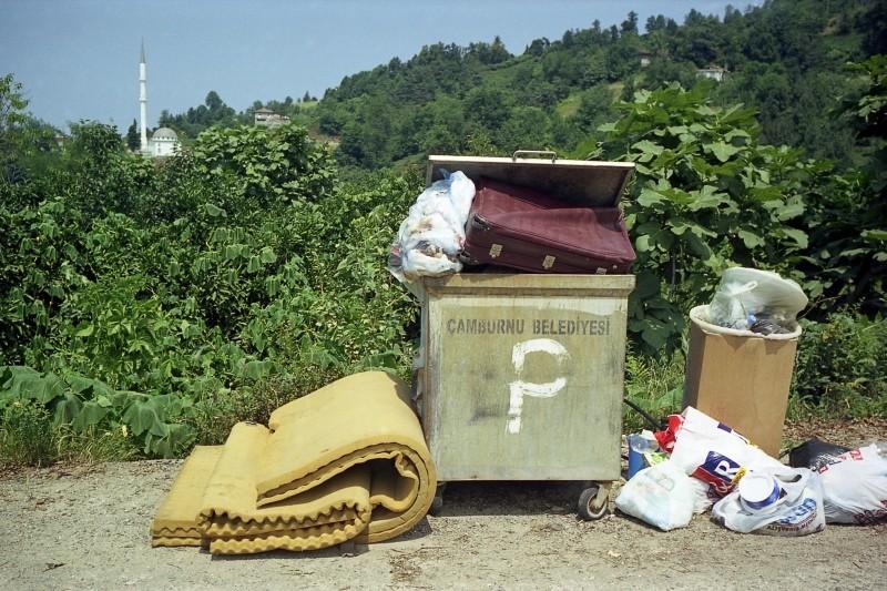 Polluting Paradise: una scena del documentario di Fatih Akin sulla discarica che ha devastato la  cittadina turca di Camburnu