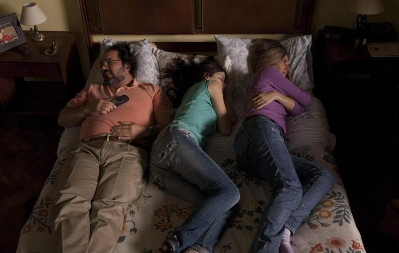 3: Sara Bessio, Anaclara Ferreyra Palfy e Humberto de Vargas in una scena familiare tratta dal film