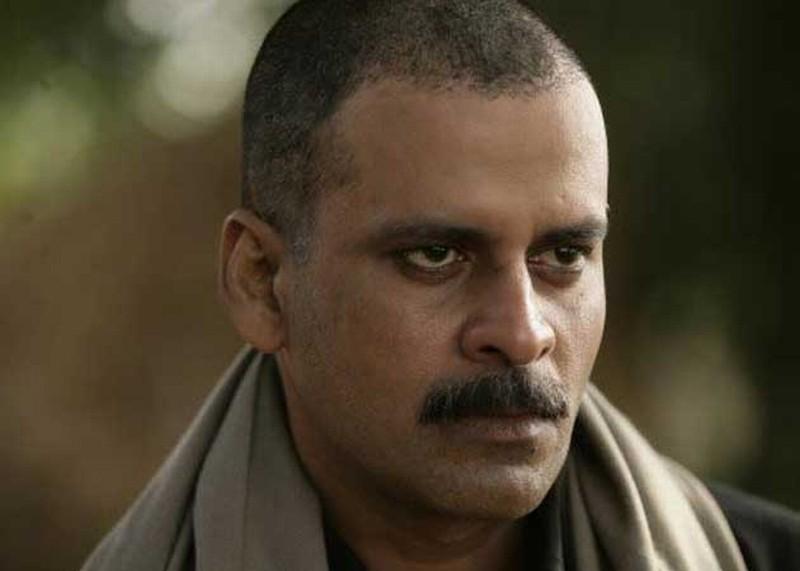 Gangs of Wasseypur: Manoj Bajpayee in una scena del film